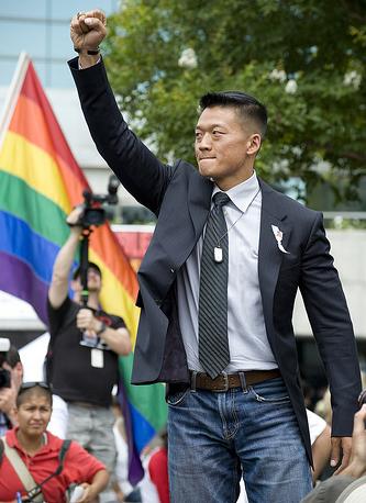 Lt. Dan Choi (2010)